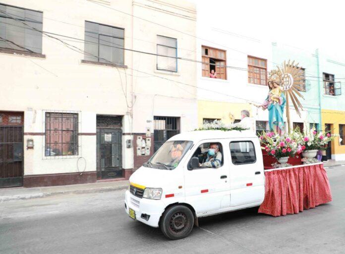 María Auxiliadora recorrió calles del Callao