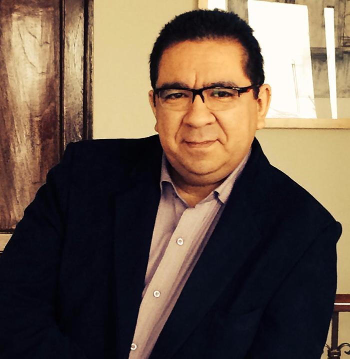 Psicólogo y psicoterapeuta Manuel Saravia Oliver