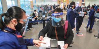 Evita el contagio de coronavirus en aeropuertos con estas pautas