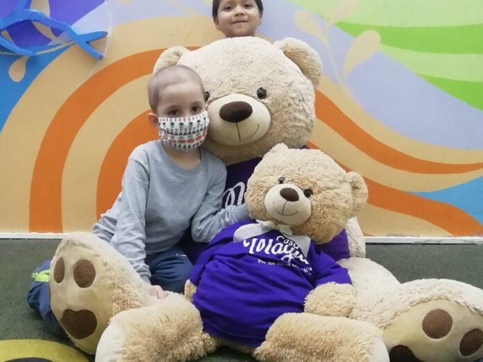 Magia cumple 10 años ayudando a niños con cáncer