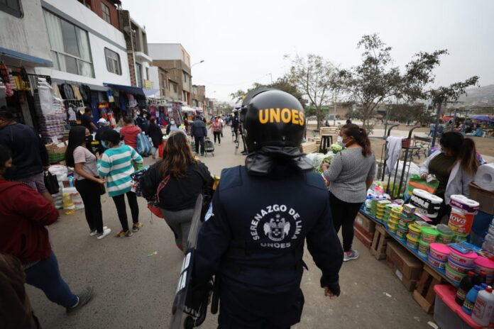 Recuperan espacios públicos en Chorrillos y VMT