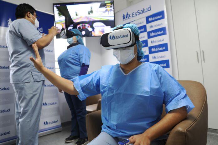 Utilizan lentes de realidad virtual para tratar a pacientes Covid-19
