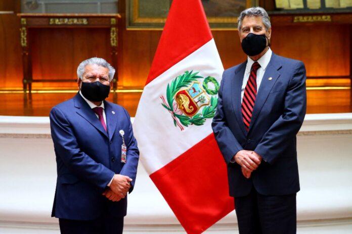 César Acuña se reunión con Francisco Sagasti