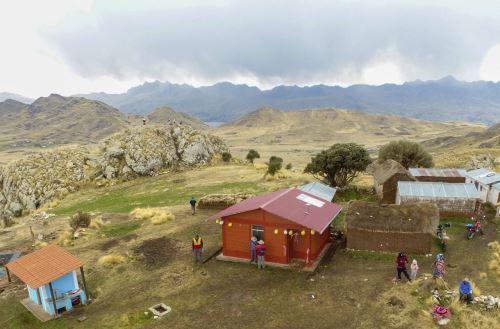 Construirán 2686 viviendas bioclimática para combatir heladas