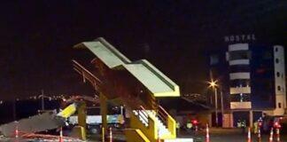 Tras accidente puente peatonal se vino abajo