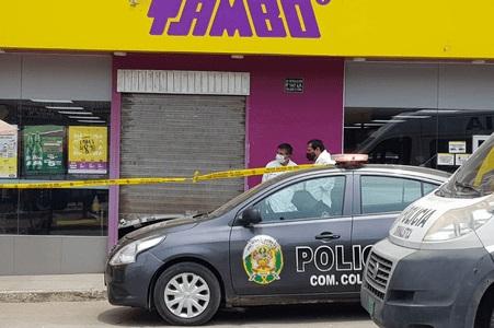 Delincuentes juveniles habrían robado en tienda Tambo