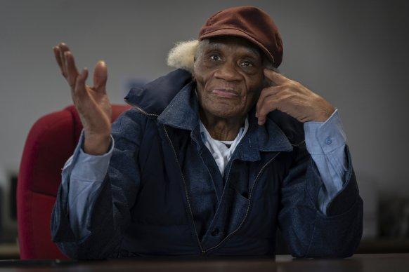 lo-arrestaron-de-jovencito-y-logro-salir-68-anos-despues