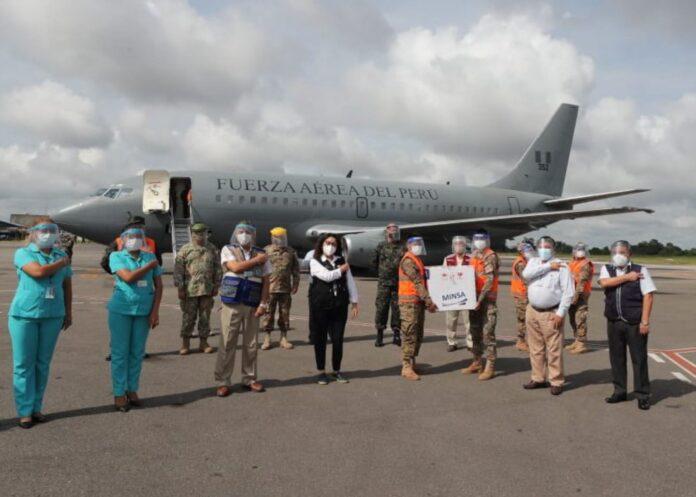 Violeta Bermúdez supervisó vacunación en región Ucayali