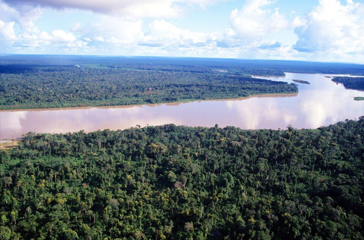 rio-amazonas-en-riesgo-de-desborde