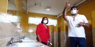 servicios higiénicos colegios