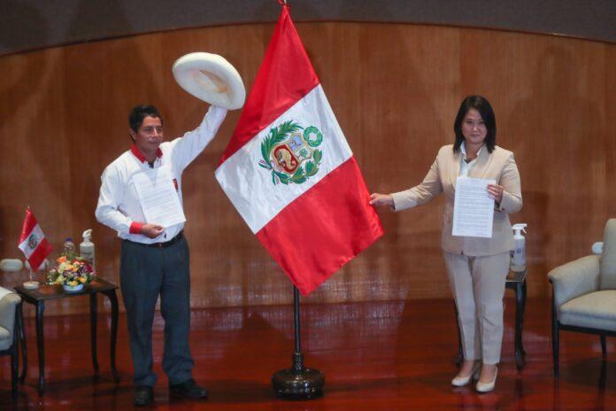 Keiko Fujimori y Pedro Castillo firmaron la Proclama Ciudadana