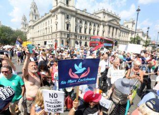 """Reino Unido sigue disfrutando el """"Día de la Libertad"""""""