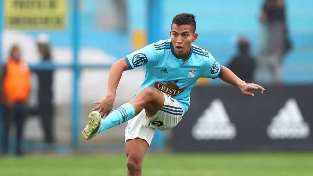 Martín Távara es convocado para los partidos de Eliminatorias Qatar 2022