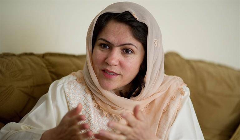 Política afgana logró escapar de una muerte segura a manos de los talibanes