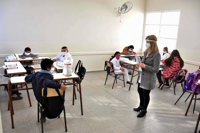 Vacunación a docentes de todo el Perú iniciará el 3 de setiembre