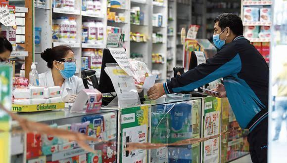 EsSalud asegura que vacunación en farmacias no afectará a enfermeras