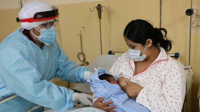 Lactancia materna genera protección contra el cáncer de mama y ovario