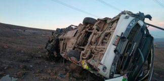 Al menos 16 muertos y dos heridos por caída de un autobús a un precipicio