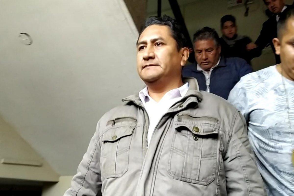 Vladimir Cerrón denunciado
