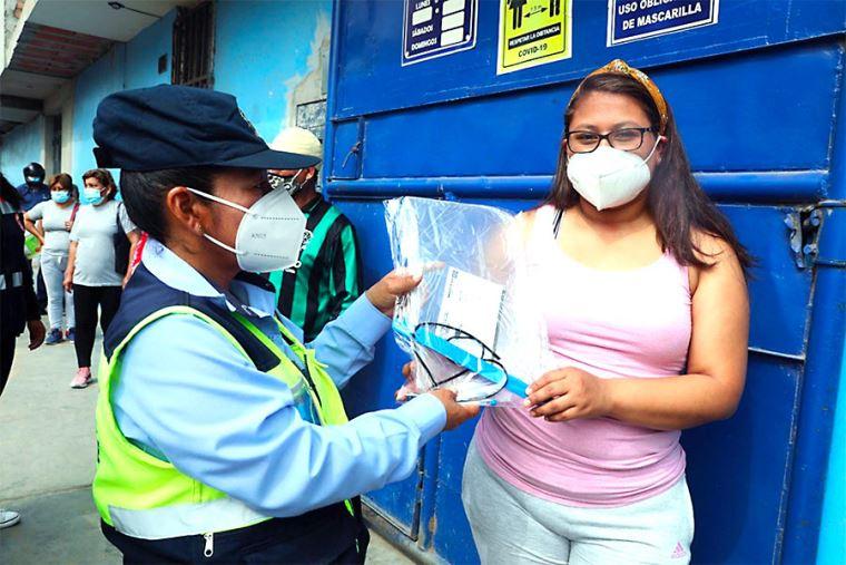 MTC entrega cerca de 4 millones de protectores faciales