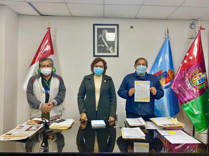 Dirigentes de la Federación Nacional de Fonavistas y Pensionistas del Perú liderados por Luis Luzuriaga se reunieron con la Congresista Silvia Monteza