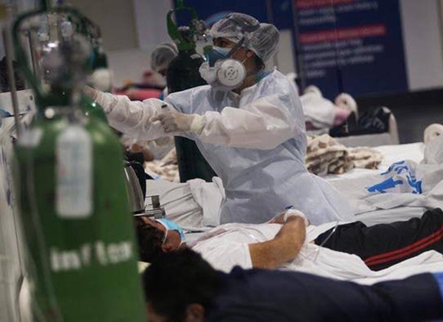 Tercera ola de COVID-19 en el Perú podría provocar más de 63 mil muertes