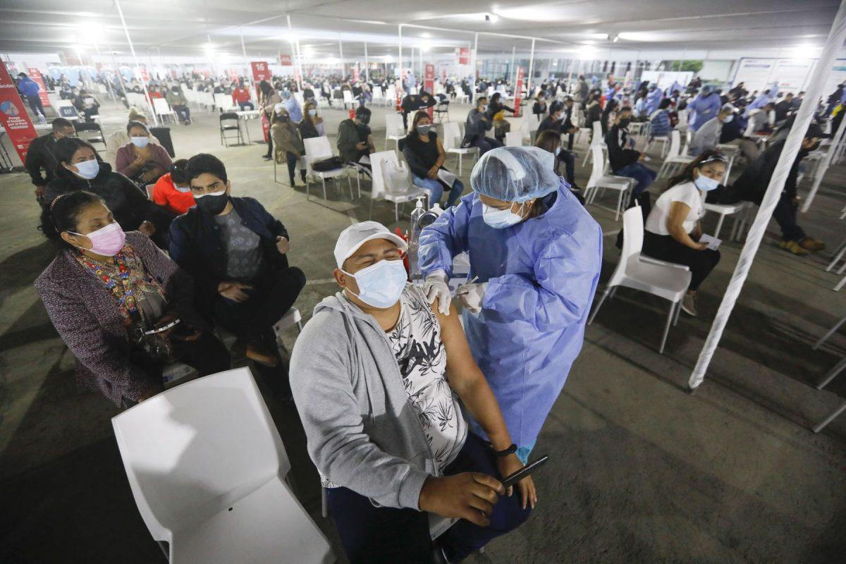 31% de la población objetivo ya recibió vacuna covid-19