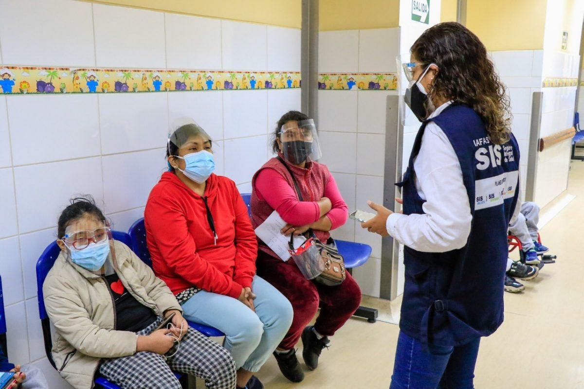 SIS transfiere cerca de S/ 1,500 millones a establecimientos de salud