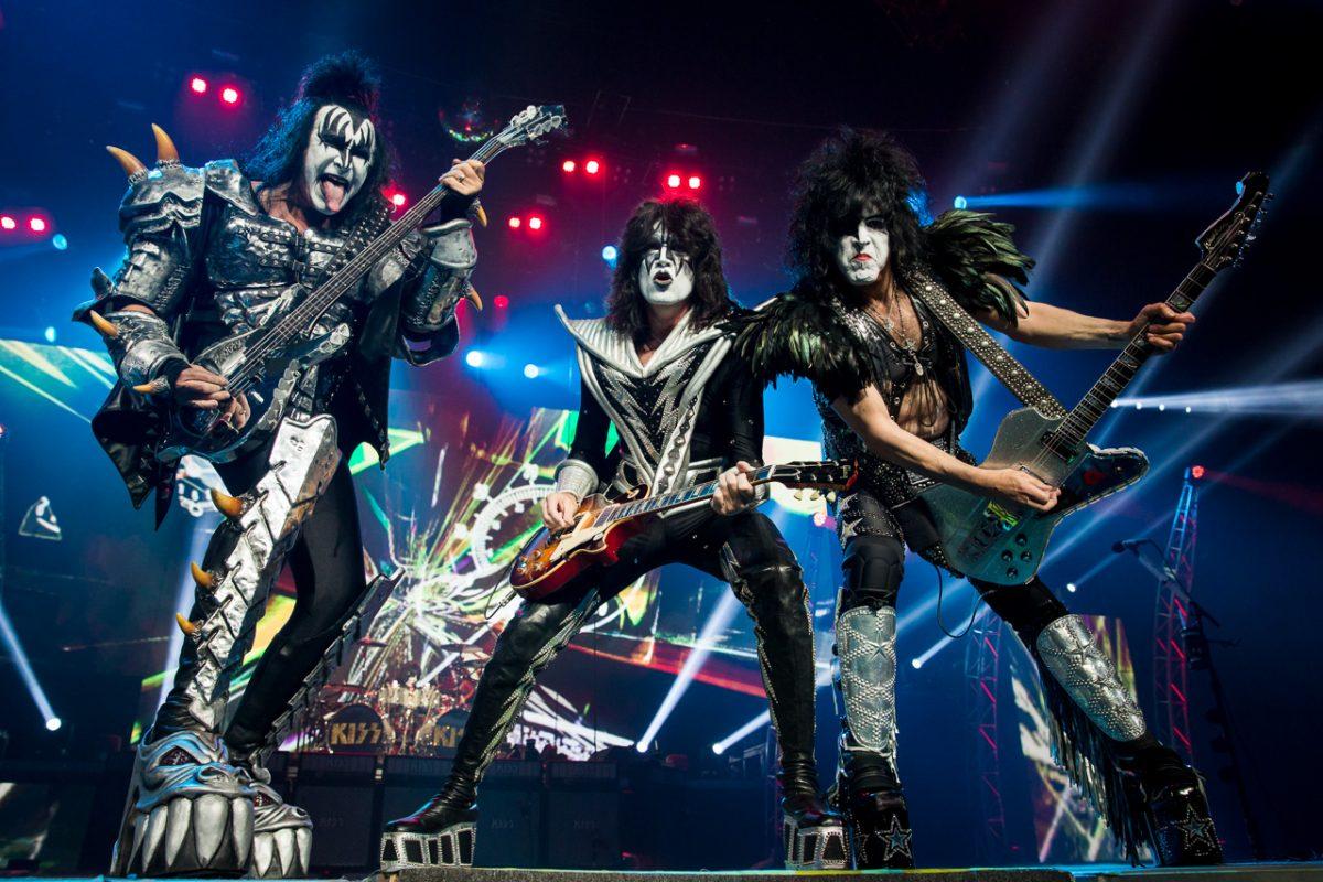 KISS posterga conciertos luego de que dos miembros dieran positivo de Covid-19