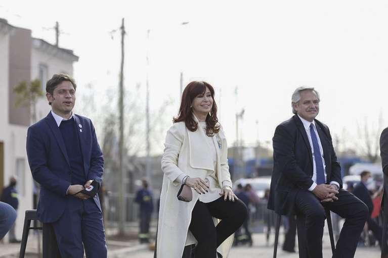 Argentina: candidatos del presidente y Cristina Kirchner sufren derrota