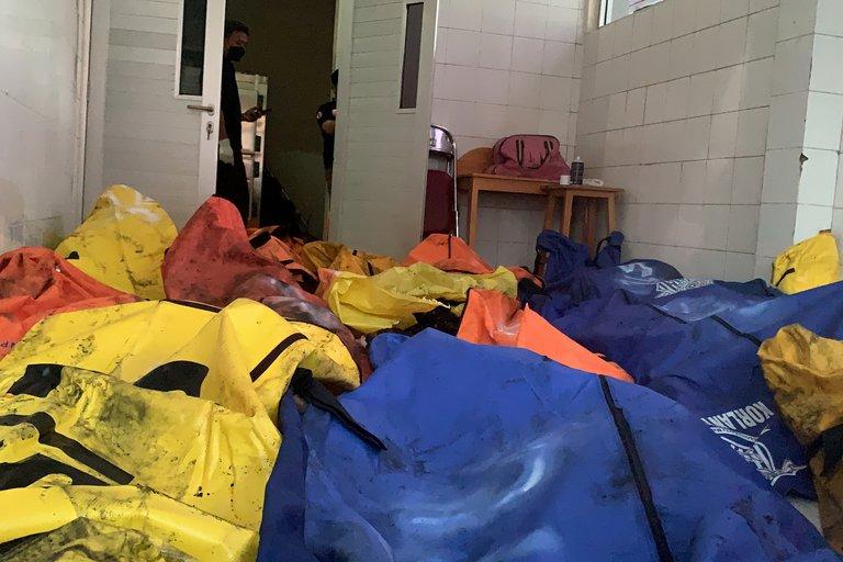 Indonesia:  41 presos mueren por un incendio