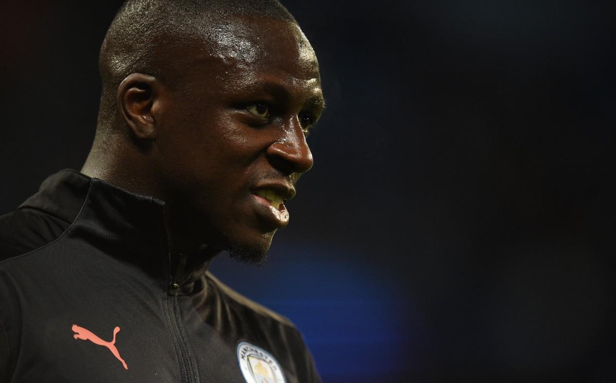 Le negaron libertad bajo fianza a futbolista del Manchester City, Benjamin Mendy, acusado de violación