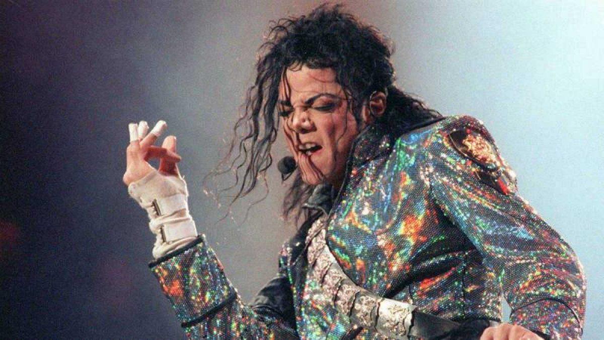 El entierro de Michael Jackson, 70 días después de su muerte