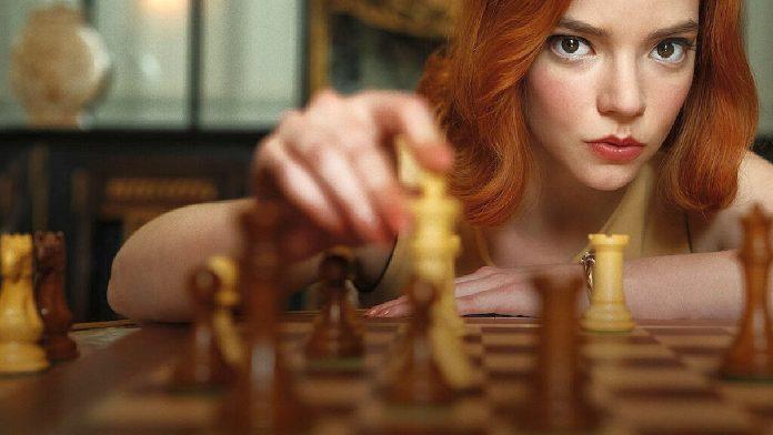 'Gambito de Dama': Ex campeona mundial de ajedrez demanda a Netflix por
