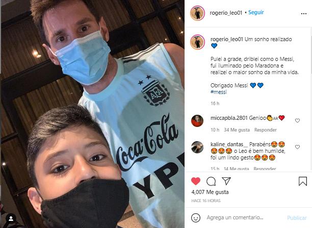 Niño brasilero burló la seguridad para tomarse una foto con Messi