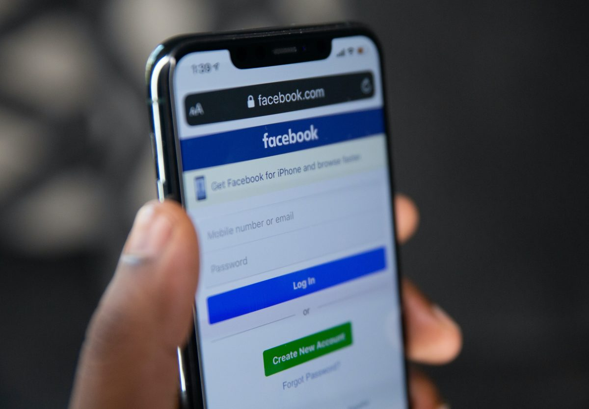 Facebook clasifica como 'primates' a hombres que no son blancos