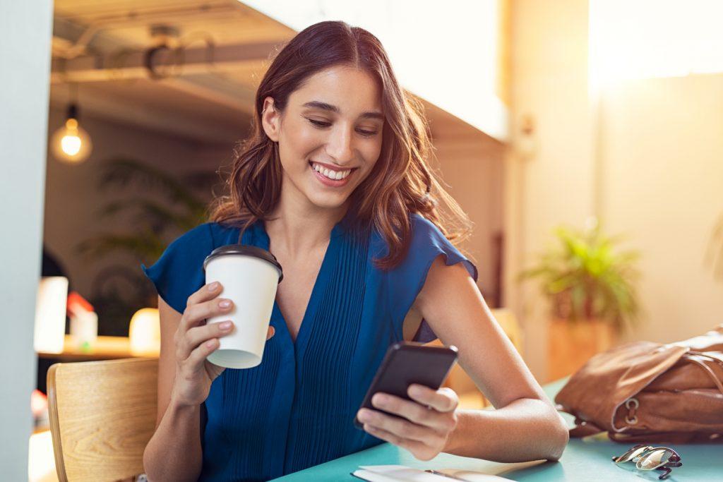 Técnicas de negocios rentables a través de red social Twitter
