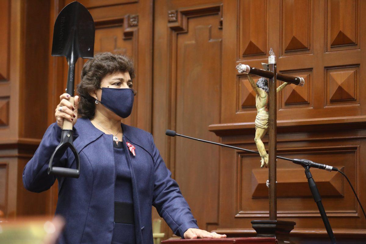 """Silvia Monteza """"Asamblea Constituyente es un capricho de Perú Libre"""""""