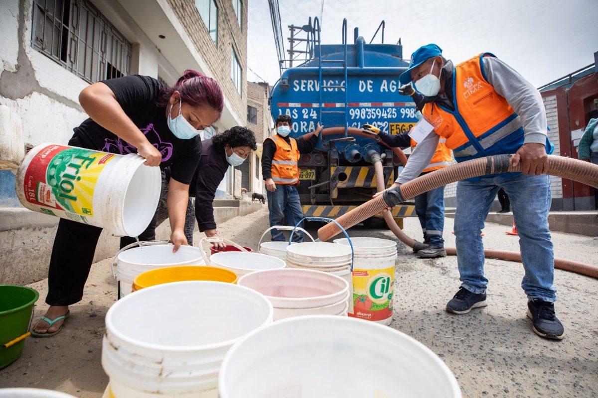 Vecinos de SJL protestan por cobros excesivos del agua potable