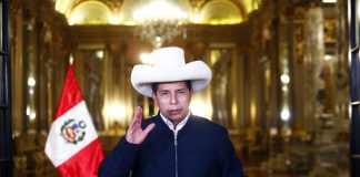 """Elpresidente Pedro Castillo afirmó que su Gobierno no debería contestar a cuestionamientos y dijo """"el Perú nos ha elegido para trabajar""""."""