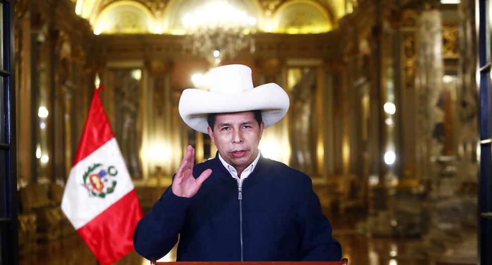"""Pedro Castillo: """"Hoy, hasta con un tuit, piensan que se cambia el país y así no es"""""""