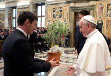 El Sumo Pontífice Francisco realizó un peculiar comentario tras sorpresa de la nueva estrella del equipo parisino