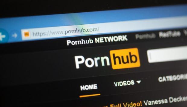Videos porno son lo más vistos cuando Facebook, Instagram y WhatsApp caen